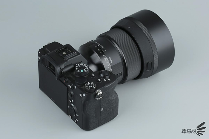 New gorgeus images of the Sigma 35mm f/1.2 FE
