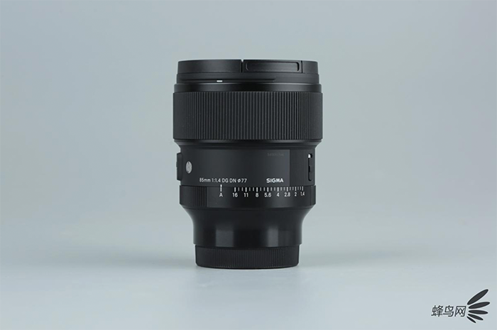 Some sexy Sigma 85mm f/1.4 FE images by Fengniao